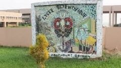 Yamoussoukro lycée scientifique